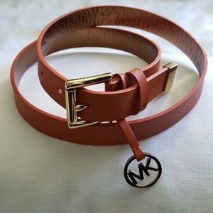 Michael Kors beautiful leather orange & gold belt